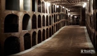 Biggest-Wine-Cellar-5