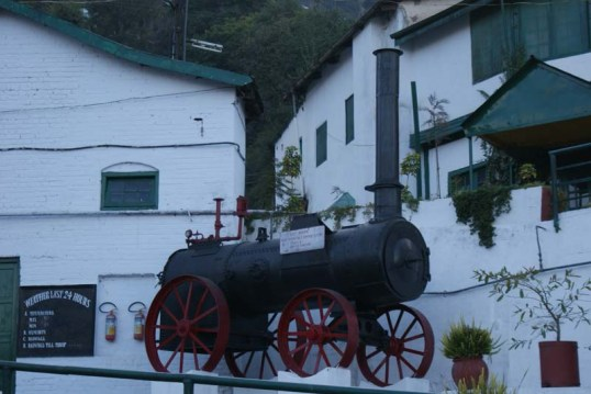 Antique-Steam-Engine-Stalled-in-Front-of-the-Kasauli-Brewery