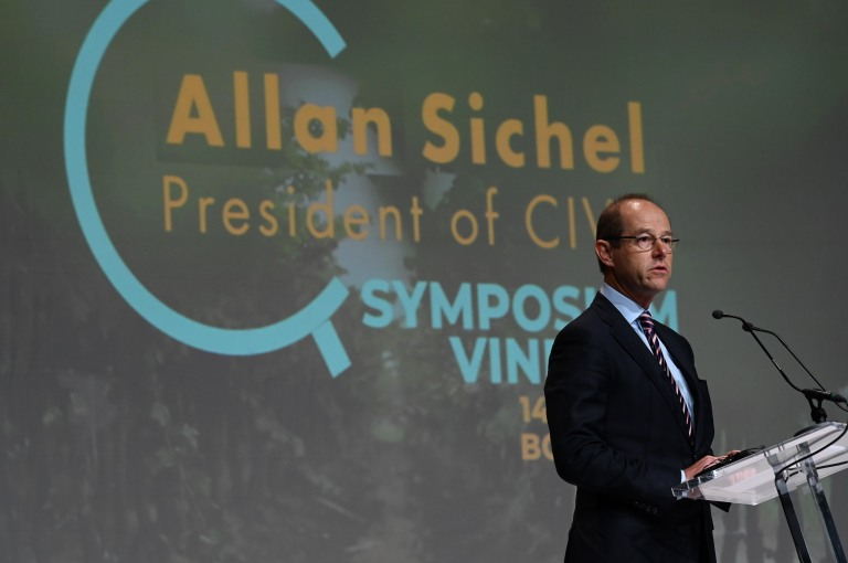 photo credit JBNadeau_Vinexpo_2019_0268 - Allan Sichel President CIVB